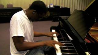 """There goes my baby"" Usher (Piano Cover by Marcus Stanley)"