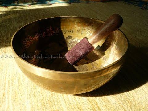 Velká Ručně Rytá Tibetská Mísa Buddha - Sundaris Musical Instruments