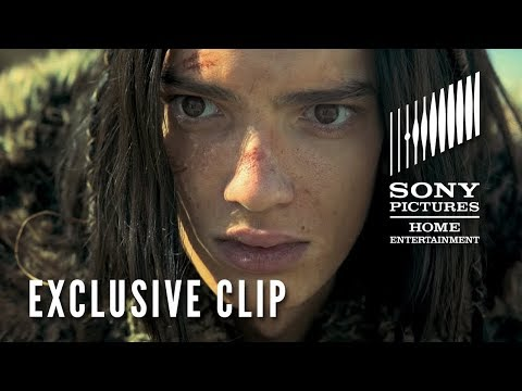 Alpha  Exclusive  2018  Kodi Smit McPhee