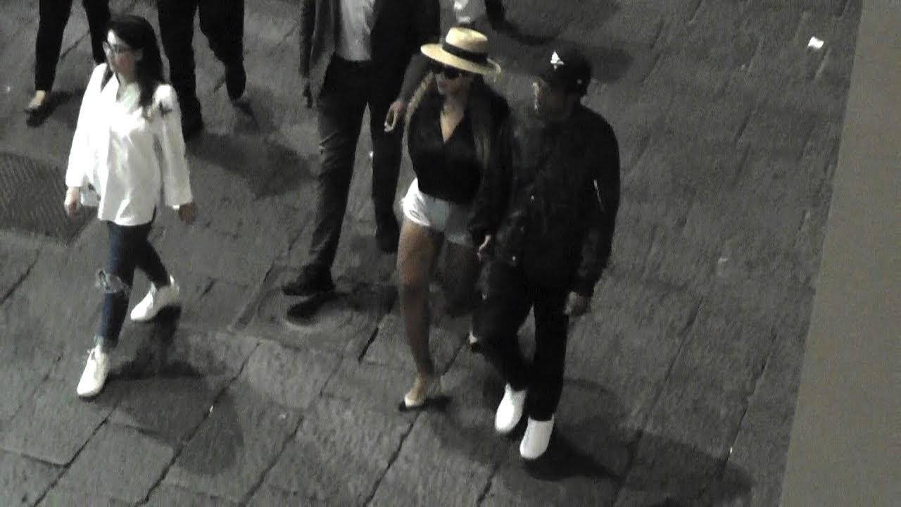 cdf23c2a8c7aa0 Beyoncé e Jay-Z a Capri di notte (night out in Italy) VIDEO EXCLUSIVE