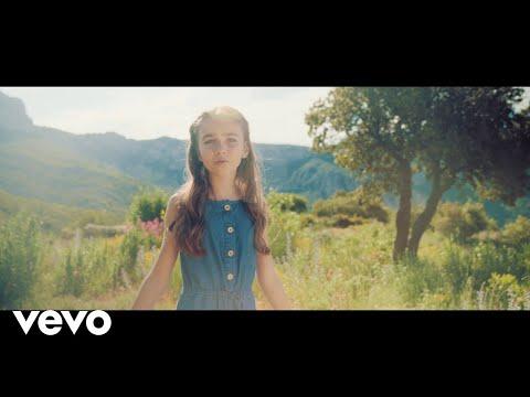 Смотреть клип Angelina - CEst Si Beau Ici