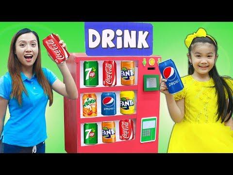 Hana Pretend Play w/ Cardboard Soda Dispenser Vending Machine Kids Toys