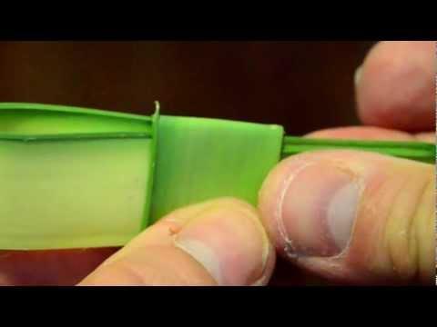 2012-04-01 - How to make a Palm Cross