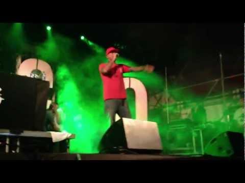 Club Dogo - Erba del Diavolo (Live@Roma)