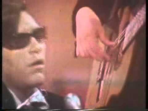Light My Fire - Jose Feliciano 1968 live color Tv