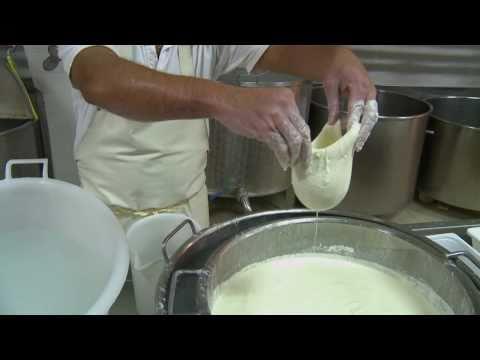 Burrata: Puglia's Molten Mozzarella