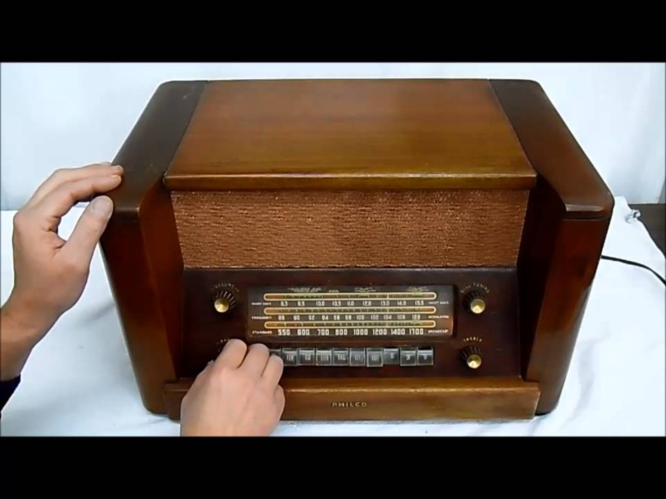 Philco Model 48 482 1948 AM FM Shortwave Radio 9 Tube Radio