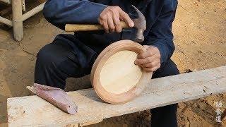 农村老爷爷爷用榫卯技术把几块破木头严丝合缝做成圆木盘,高手在民间