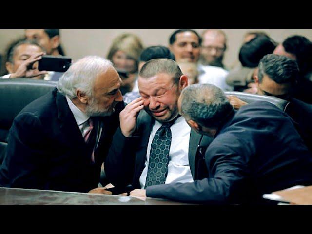 هذا الرجل سجنوه 25 سنة ظلما ، ولكن عندما أعلن القاضي برائته صدم الجميع بردة فعل عجيبة !