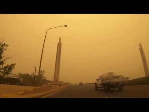 Canberra smothered in bush fire smoke - 5th January 2020