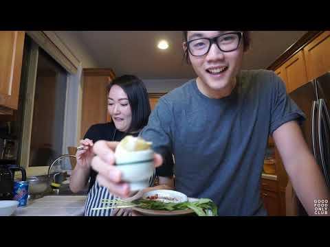 jihae-tries:-balut-(fertilized-duck-egg---beak,-feathers,-everythang)