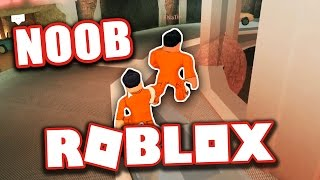 TEACHING NOOB HOW TO PLAY ROBLOX JAILBREAK!!