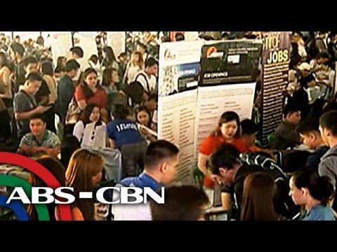 TV Patrol: Libo-libo, dumagsa sa job fair ng DOLE at DTI