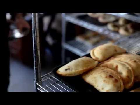 Як готують грузинський хліб в Києві