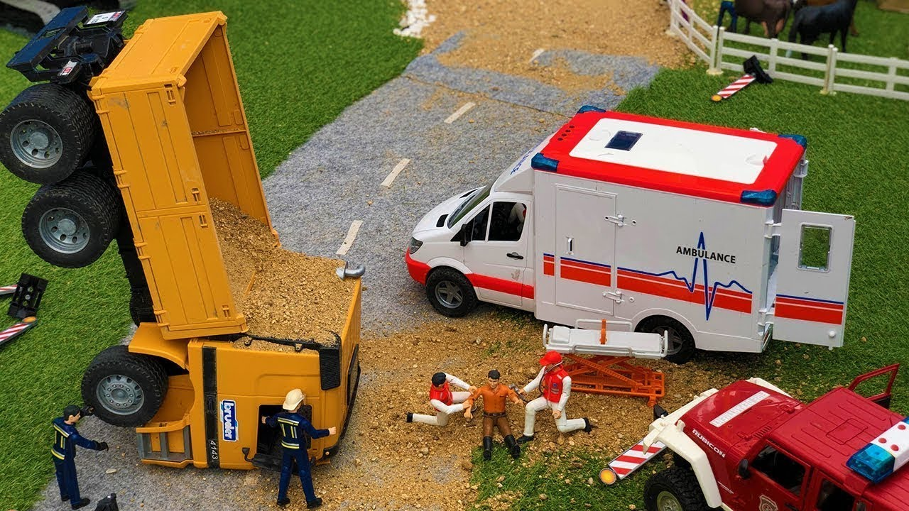 Incredible Truck Crash! RC Firetruck, Ambulance, Excavator Construction Site action!