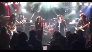 アニメタルUSAのカバーバンド「アニメタルG」の演奏による「浜田麻里」...