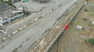 شاهد بالفيديو : مليشيات الحوثي تحفر الأنفاق والخنادق في كيلو16 شرق مدينة الحديدة