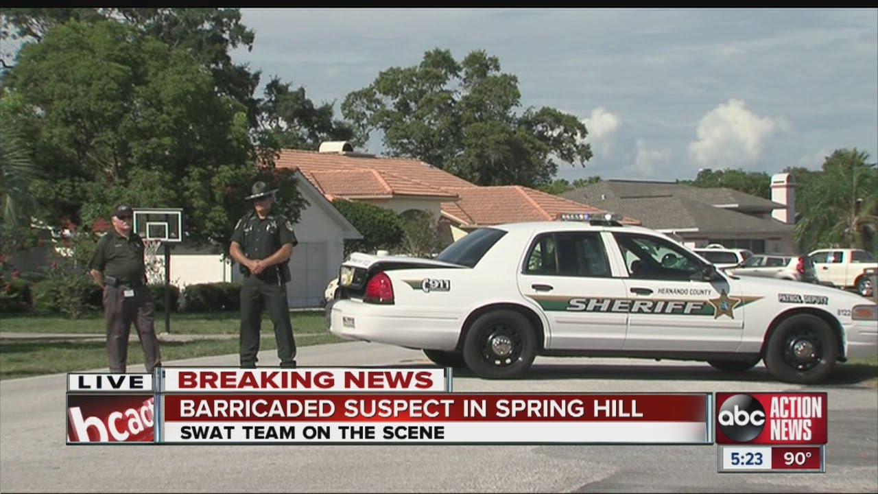 BREAKING NEWS UPDATE: SWAT situation in Hernando County, man barricaded  inside Spring Hill home
