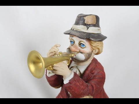 Vintage Waco Melody Motion Trumpeter Hand Painted Porcelain Hobo Clown Music Box