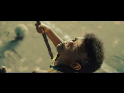Projota - O Homem Que Não Tinha Nada (Part. Negra Li) - Videoclipe Oficial