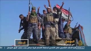 صور لجنود عراقيين يقتلون طفلا ويسحقون جثته