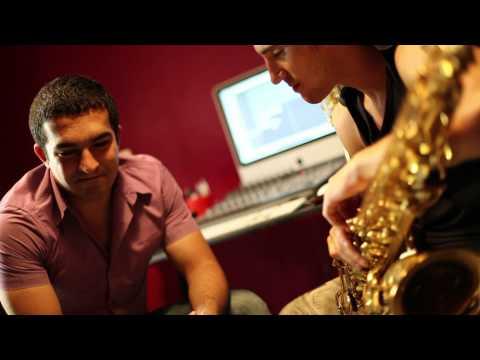 "LIVE: Bahh Tee и SoundBro - ""Волчонок"" (август 2011)"