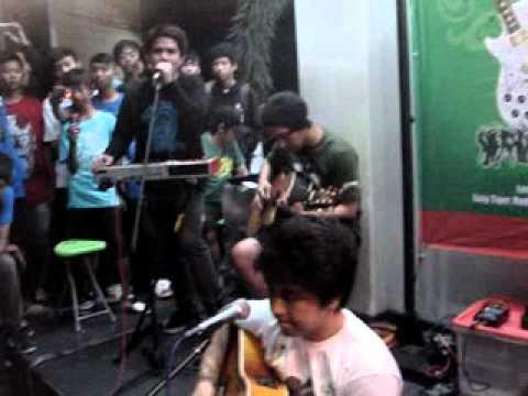 Pee Wee Gaskins - Selama Engkau Hidup (Bukber PWG at Pangpol)