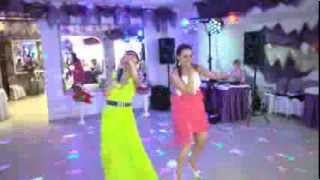 Подруги невесты Лена и Оля свадьба 290613 г