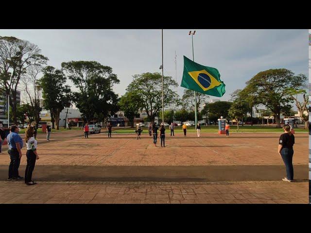Semana da Pátria de 2020 inicia com hasteamento à bandeira na Praça Amadeo Piovesan de Palotina
