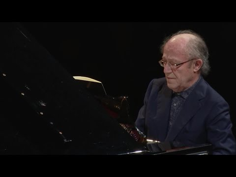 Debussy : Children's Corner (Alain Planès, piano)