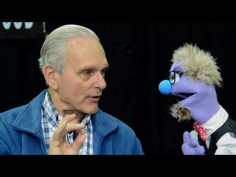That time actor Keir Dullea talked to a puppet at the 2015 Comikaze Expo.