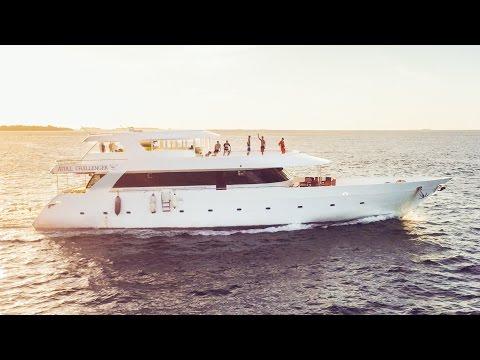 MALDIVES SURF BOAT TOUR! | VLOG 180