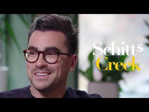 """Schitt's Creek - Behind the Episode: """"Open Mic"""""""