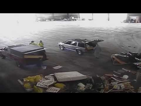 Surveillance footage of Kitzhaber and Cylvia Hayes