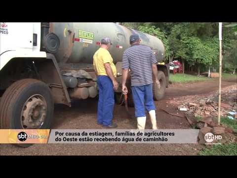 Famílias de agricultores de Chapecó recebem água por caminhão-pipa por causa da estiagem