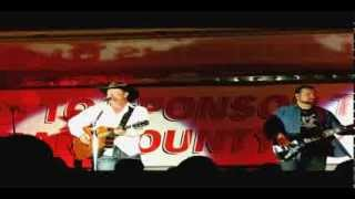 """Tracy Lawrence - """"I Threw the Rest Away"""""""