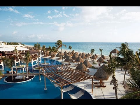 Excellence Playa Mujeres Pool and Entertainment
