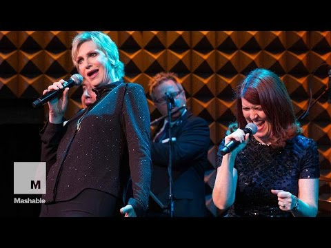 Jane Lynch Raps Nicki Minaj's 'Anaconda'