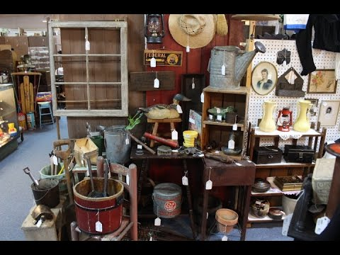 Tour The Garden & Outdoor Display at Vintage Touch Antique Booth