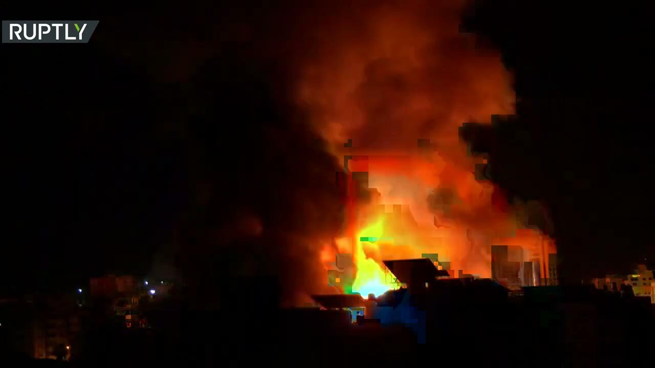 غارات إسرائيلية عنيفة تهز غرب مدينة غزة
