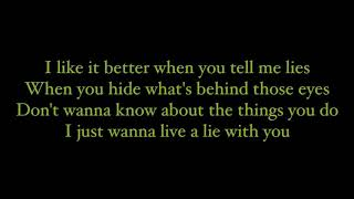 Live A Lie - The Raconteurs (lyrics)