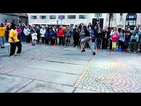 Видео, Уличные танцы в Нью-Йорке