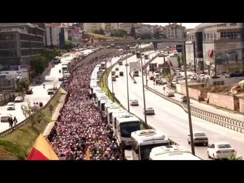 """Turqi, 400 km në këmbë për """"drejtësinë"""" - Top Channel Albania - News - Lajme"""