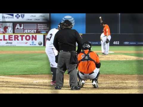 4/21/2016: Kevin Vance vs. Eric Farris (2 RBI 2B) streaming vf
