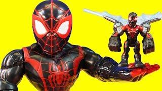 Kid Arachnid Turns Mega Size | Spider-man Climbs Wall & Rescues Superhero | Mega Size Marvel Rhino