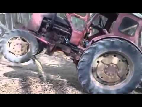 прикол-трактор и мужики