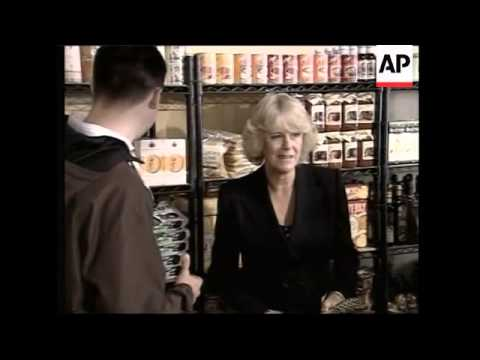 WRAP British royals visit farmers' market, drink beer in pub