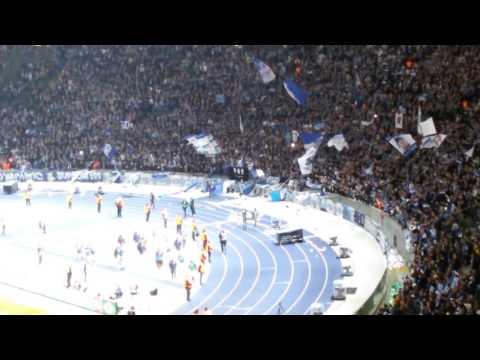 DFB-Pokal Halbfinale: BVB-Fans feiern - Hertha bekommt Applaus
