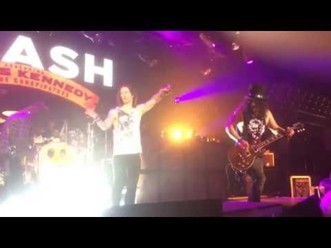 Slash, Myles Kennedy and The Conspirators - Sweet Child O' Mine @ Minsk, Belarus, 22 November 2015