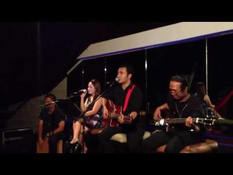 We Could Be In Love Lea Salonga (akustika Bali Cover)
